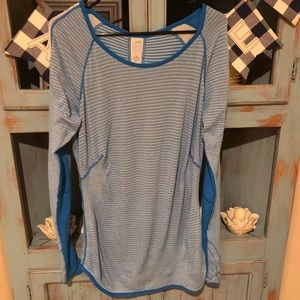 Lululemon long sleeve reversible top